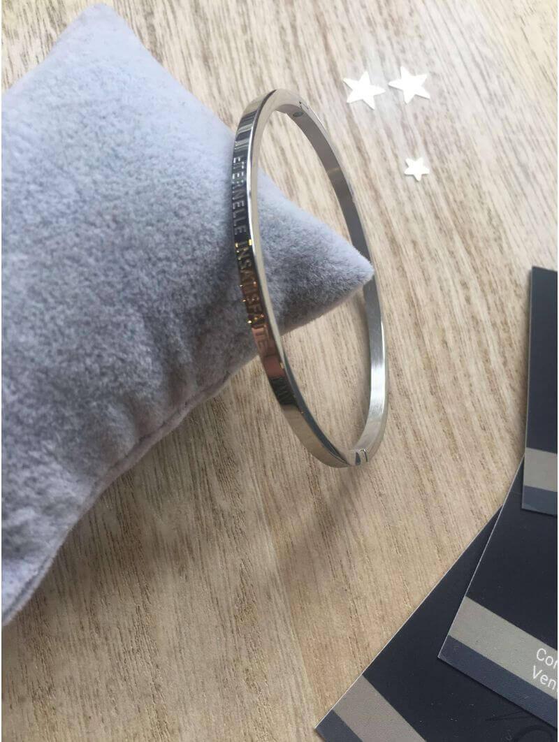 """Bracelets -""""Eternelle insatisfaite"""" Bracelet métal texte"""