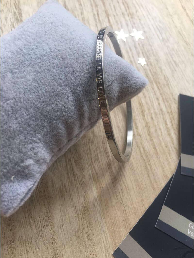"""Bracelets -""""Je prends la vie côté paillettes"""" Bracelet métal texte"""